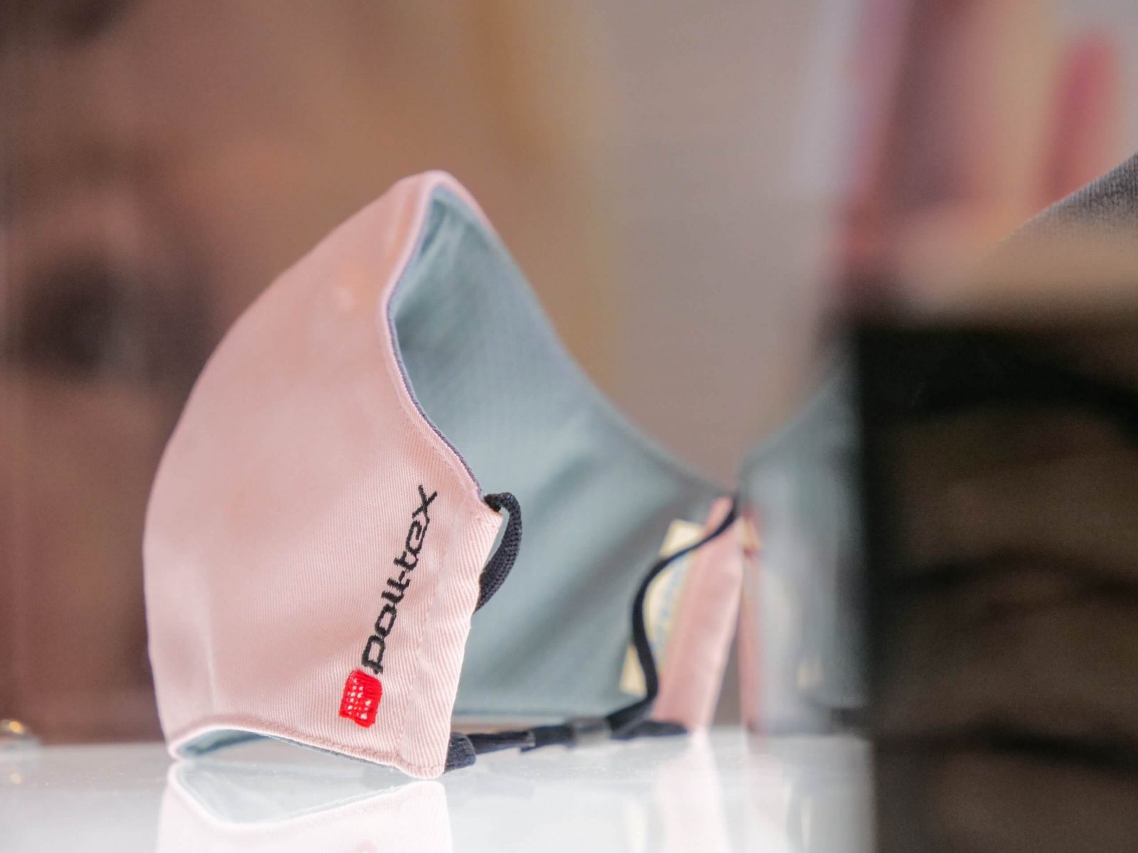 Poll-tex抗霾減敏口罩粉色照