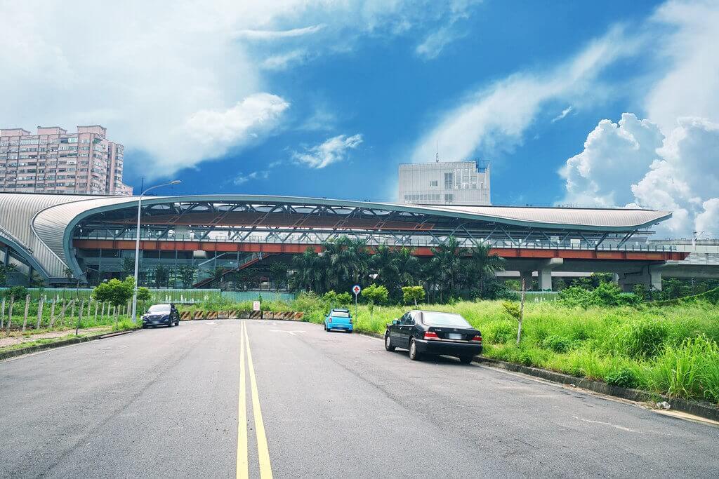 精銳IN未來G4雙捷運兩鐵共構,未來將增設軍福19街出入口